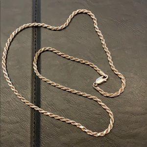 Jewelry - Ladies silver rope chain